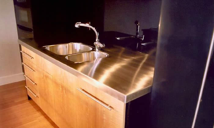 MetalWorks Custom Stainless Steel Sink Banner Image